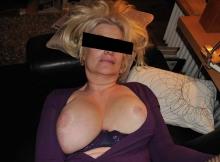 Femme mature à gros seins - Sexe hard