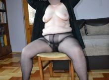 Femme grosse en collants