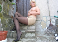 Mini-jupe et collants