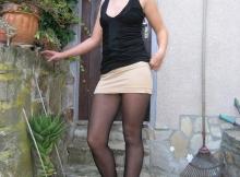Blonde en mini-jupe