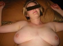 Grosse poitrine - Femme ronde