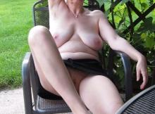 Loches à l'air - Femme mature Dijon