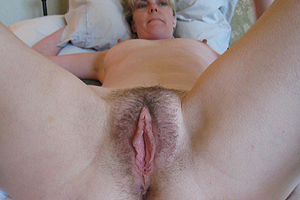 Femme mature blonde et sexy