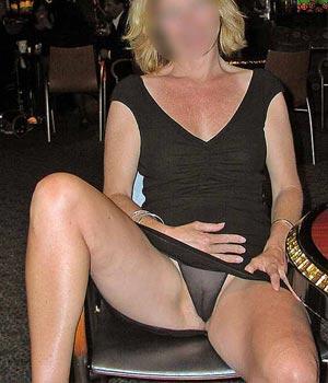 Femme mûre de Toulouse (50 ans) en culotte transparente