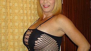 Rencontre adulte belle femme blonde Lille