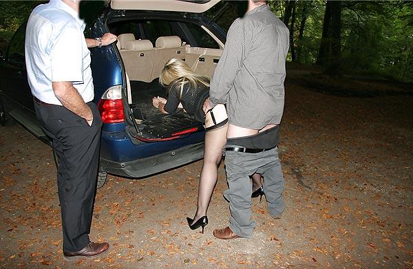 Baise coffre de la voiture