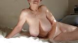 Mature retraitée cherche sexe à Paris