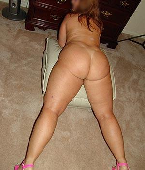 Femme hot avec des formes de 50 ans