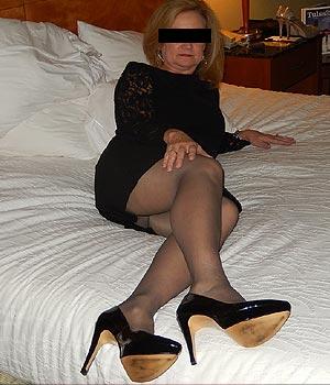 Femme cougar à Paris