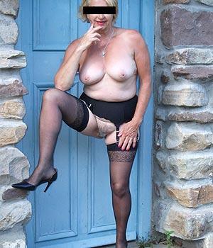 Femme retraitée à Lens