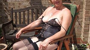 Femme retraitée cherche aventure sexuelle à Lens