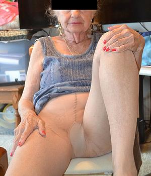 Des photos nues de ma femme copine