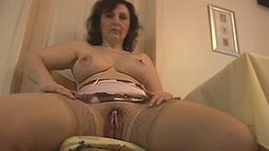 Mature sexy Dijon offre ses charmes en webcam