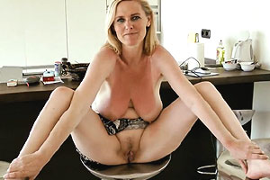 Cougar mature sexy