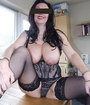 Femme mature à Paris