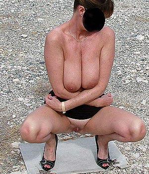 Femme exhib nue