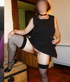 Femme mature en lingerie sexy, bas nylon