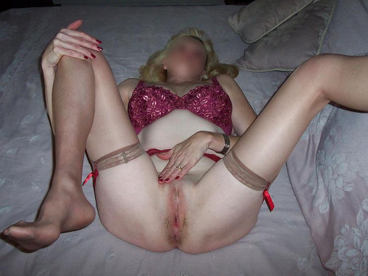 Montre mon sexe - Femme mature