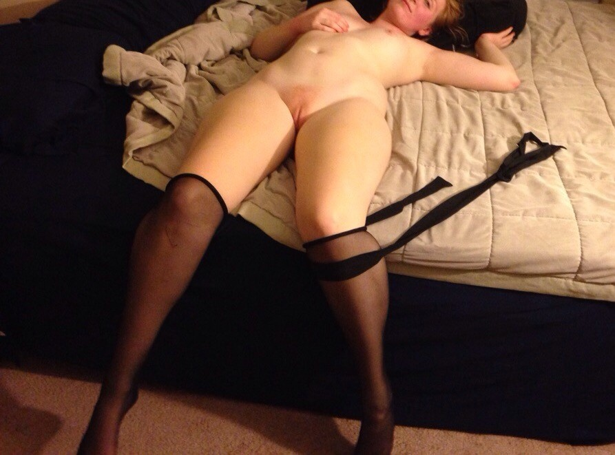 Belle chatte rousse - Sexe adulte