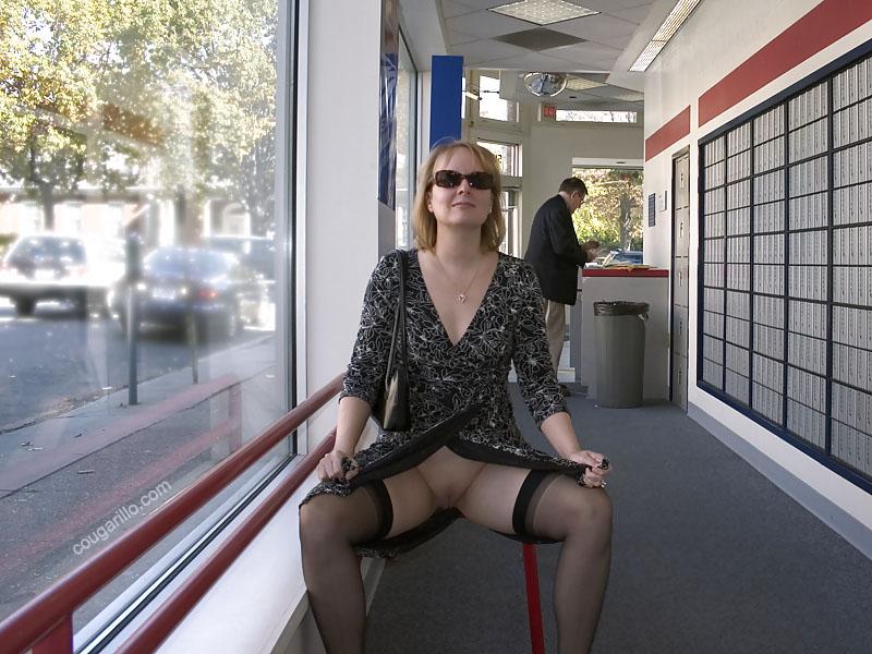 exhib en bas nylon - Sexe adulte