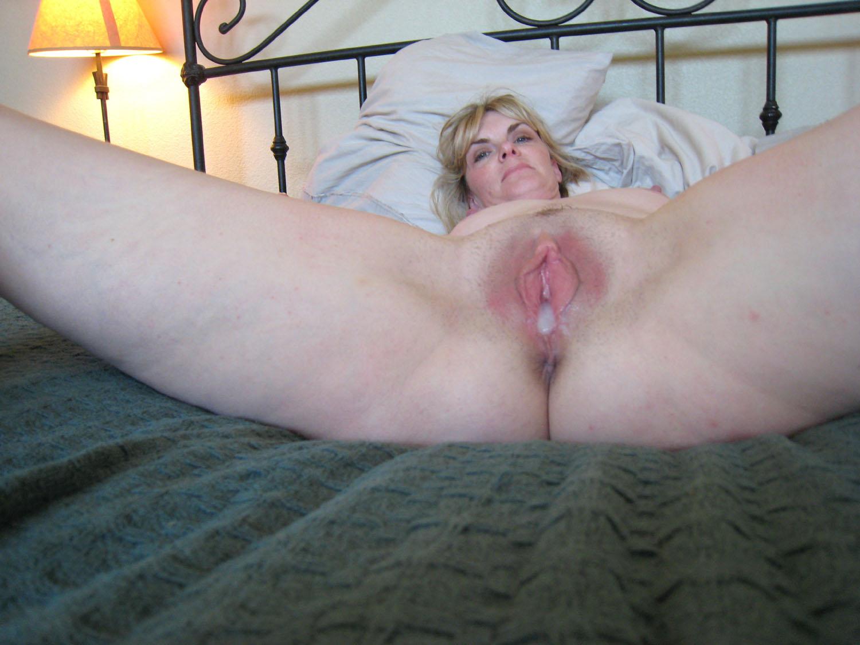 Éjaculation interne - Femme Mature