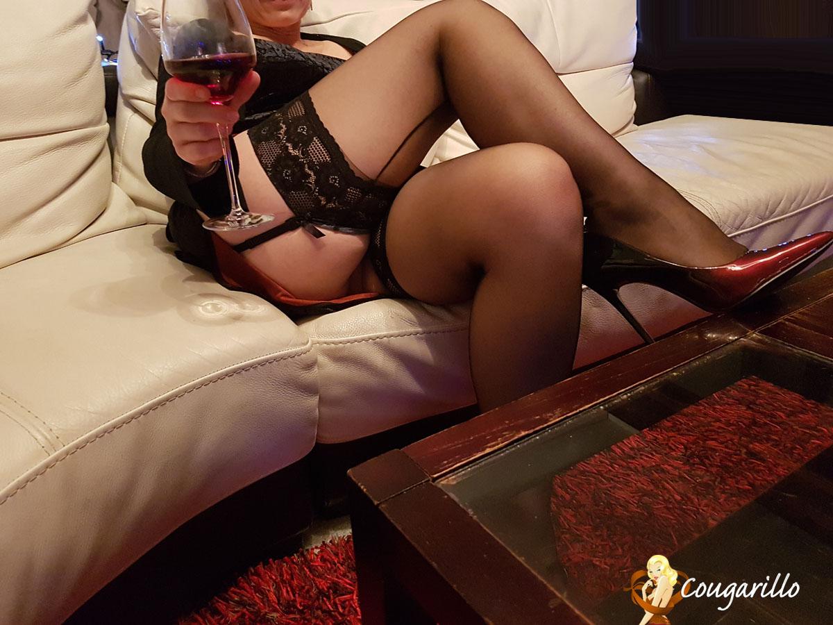 Plan cul avec une femme Cougar de Versailles - Cougarillo.com
