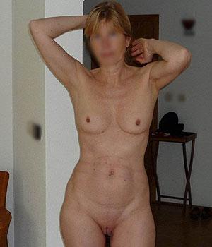 Femme mature d'Arcachon toute nue