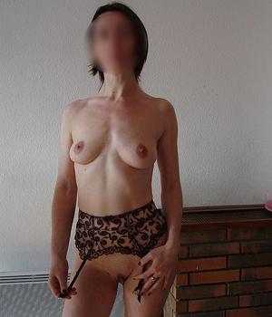 Femme adultère cherche une rencontre à Clermont-Ferrand