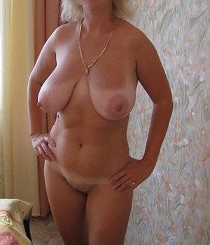 Belle paire de seins naturelle - Annonce sexe 69