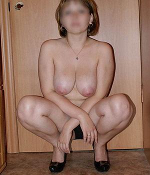 La belle paire de seins d'une milf chaude (Berruyère)
