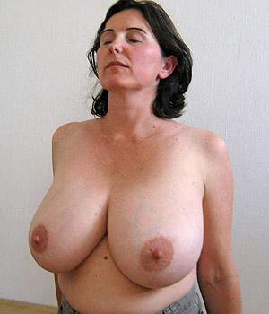 J'espère que vous aimerez mes gros seins