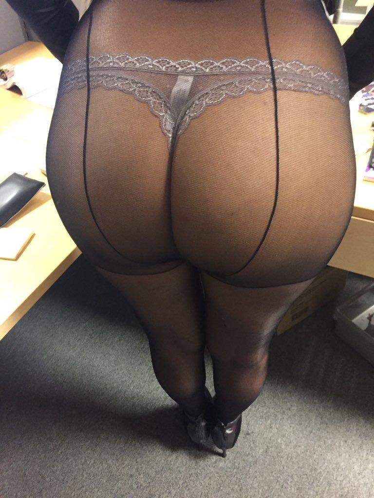 Mes belles fesses sexy sous la lingerie