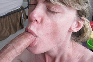 Photo perso fellation et sperme dans la bouche