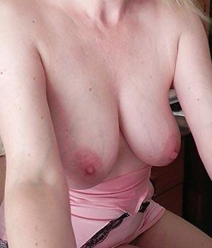 Mes seins lourds et naturels